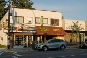 Trixi's Crepe & Coffeehaus